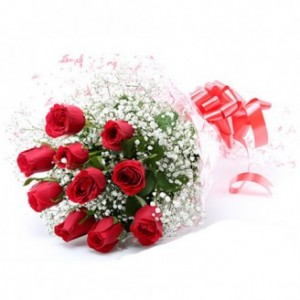 12 Red Rose Bunch