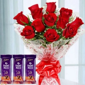 Bunch of 10 Red Roses And Assorted Chocolate