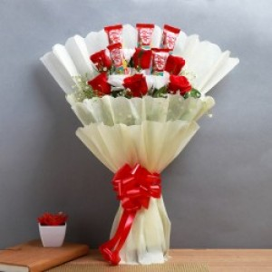 Lovely Red Roses with Sweet Kit Kat Chocolate