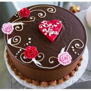 Expressive Valentine Cake