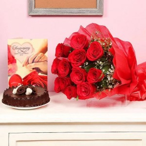 Delicious Chocolate Cake With Flowers And Card Combo