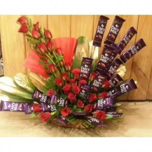 Dairy Milk Arrangement With Beautiful Red Rose