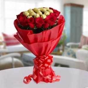 Combination of Beauty and Taste Roses with Ferrero Rocher